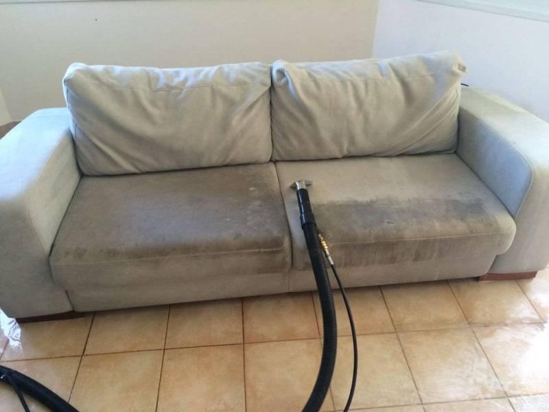 ניקיון של ספה מוכתמת