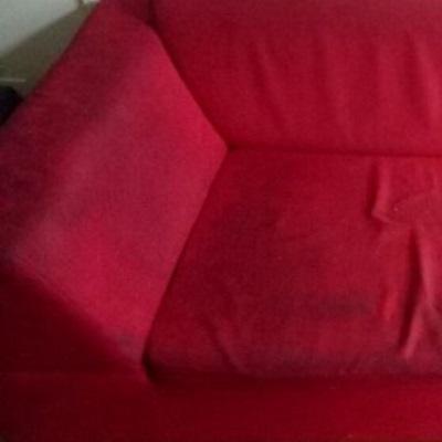 ניקיון ספת בד אדומה