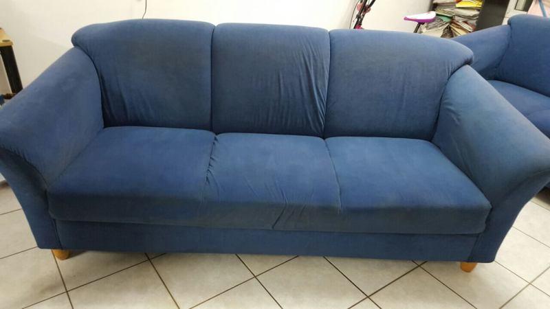 ניקיון ספה כחולה