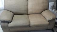 ספה לאחר ניקוי