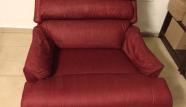 ספה אדומה אחרי ניקוי